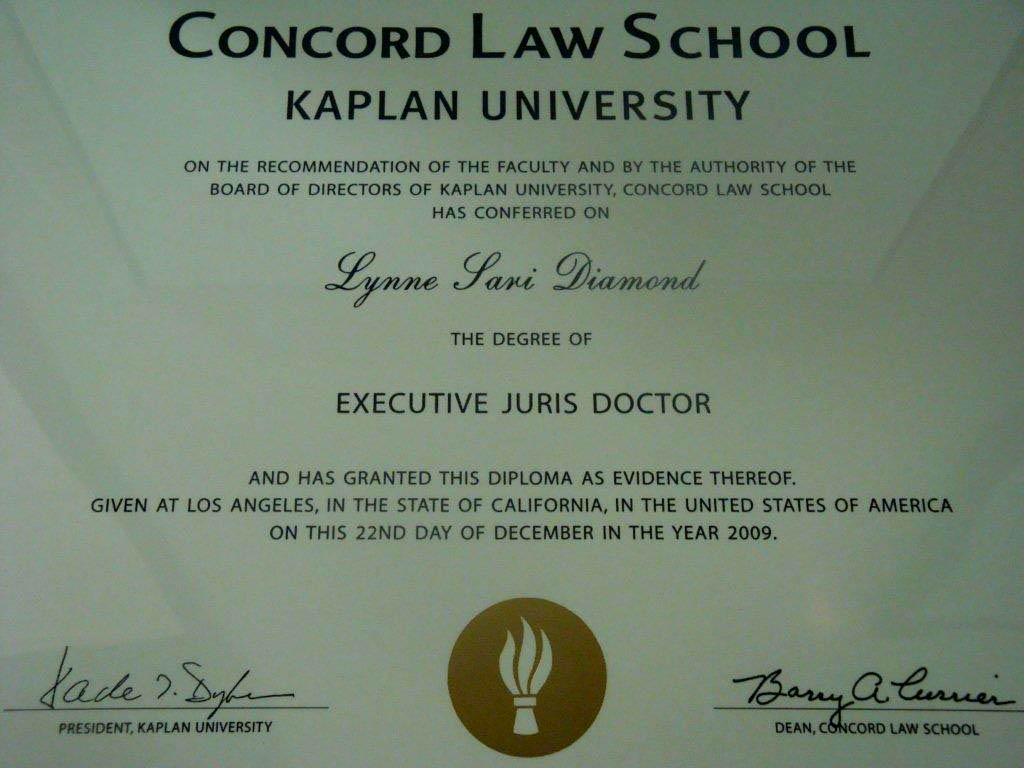 Laguna Hills Resident Graduates From Law School